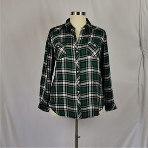 Torrid Size 2 Green and Black Plaid Flannel